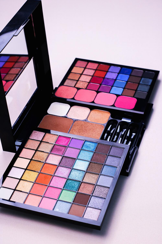 Paleta Mega Pro Avon - Lançamento Avon