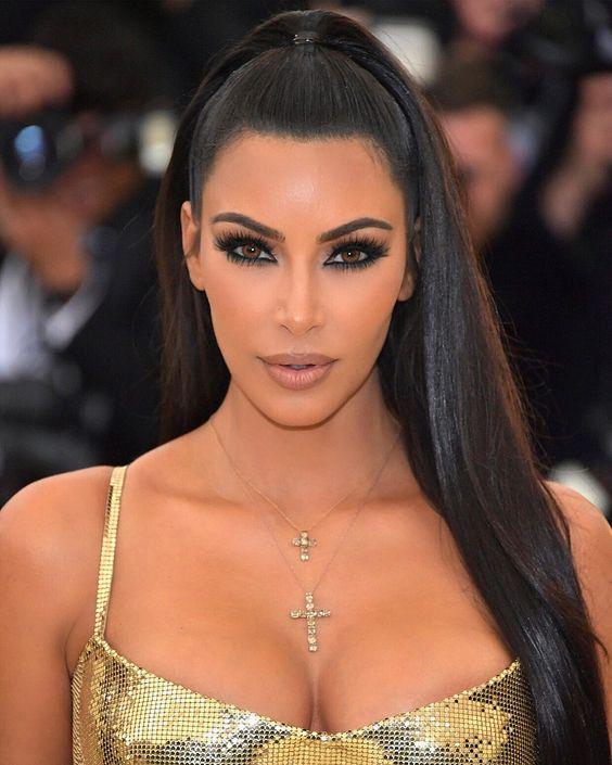 Delineado esfumado - make Kim Kardashian Met Gala 2018