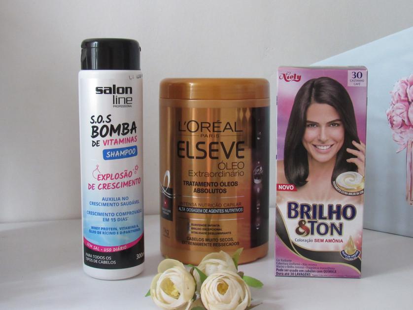 Como dar banho de brilho nos cabelos