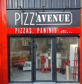 Pizz Avenue Kervignac vitrine.jpg