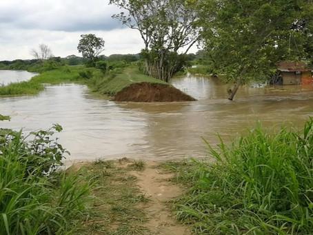 Río Cauca rompió dique e ingresó a Guaranda, Sucre