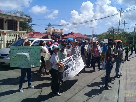 Realizan marcha por la crisis del Hospital público de San Andrés