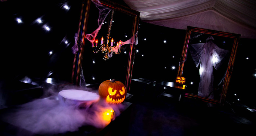 Halloween-Gurinders---0002---InTheMistPh