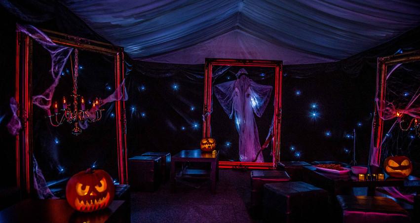 Halloween-Gurinders---0021---InTheMistPh