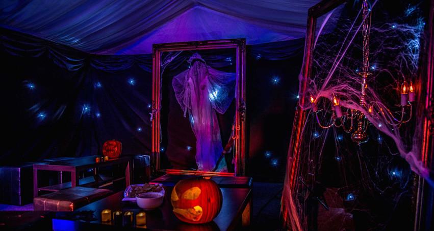Halloween-Gurinders---0004---InTheMistPh