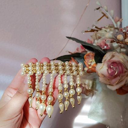 90s Pearl & Gold Bead Dangling Barrette