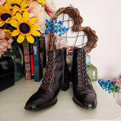 90s Dark Brown Victorian Witchy Boots, 6.5