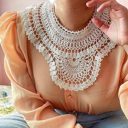 80s Ivory Detachable Crochet Collar