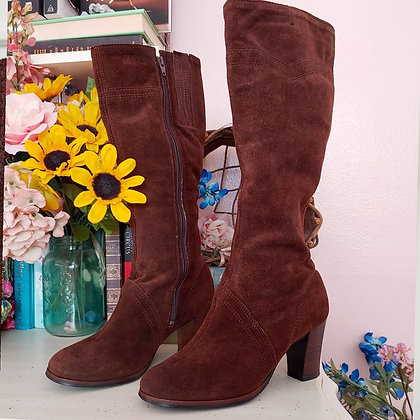 60s Suede Heeled Boots