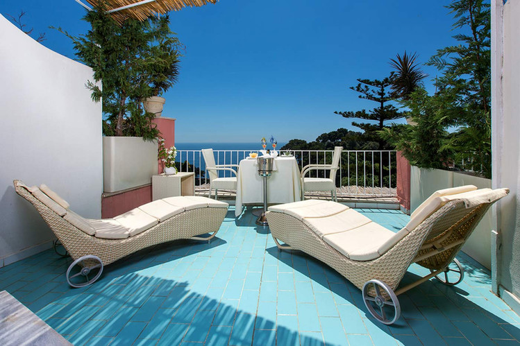 Terrace - Hotel La Vega
