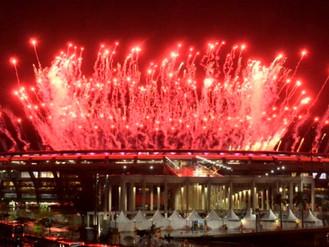 Brasil realiza Olimpíada de exuberante colorido, e sensibiliza o mundo com arte, simpatia e paz. Par