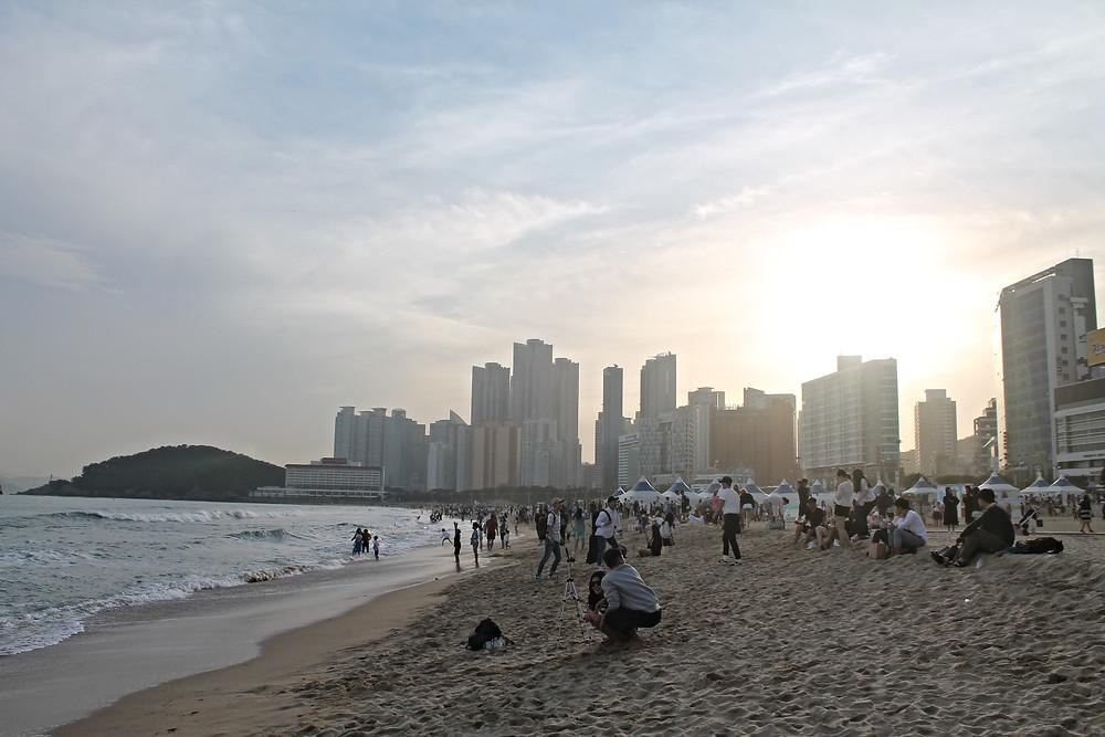 haeundae beach busan four dirty feet