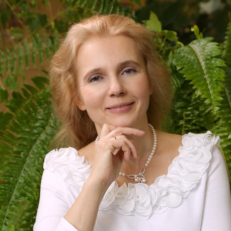 Dr. Nadezhda AVERINA (Russia)