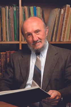 Péter ERDEI 教授 (匈牙利)