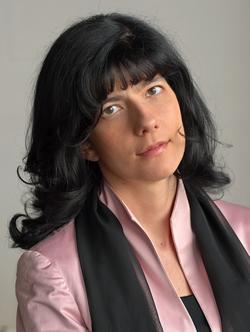 Urša LAH 教授 (斯洛文尼亞)