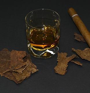 .Vin ou eaux-de-vies et cigares Atout Te
