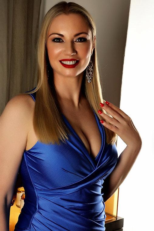 Heidi Blue dress 1.jpg