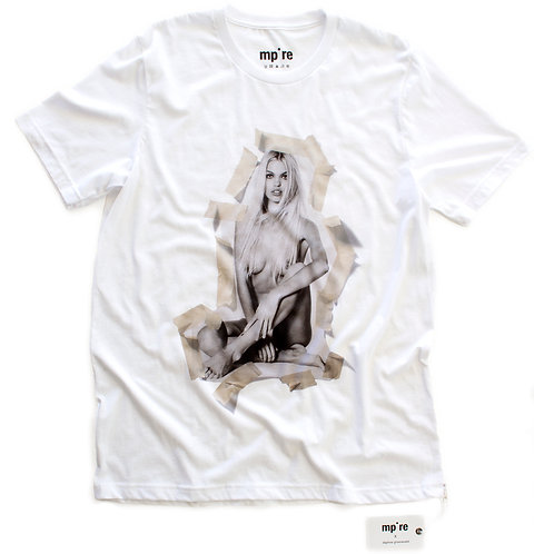 mp*re x Daphne Groeneveld limited edition t-shirt