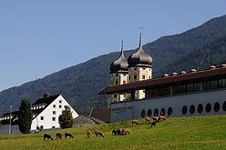Stift Stams Aussicht vom Speckbacher Hof Stams