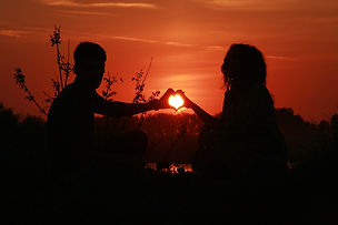 couple-915987_1280.jpg