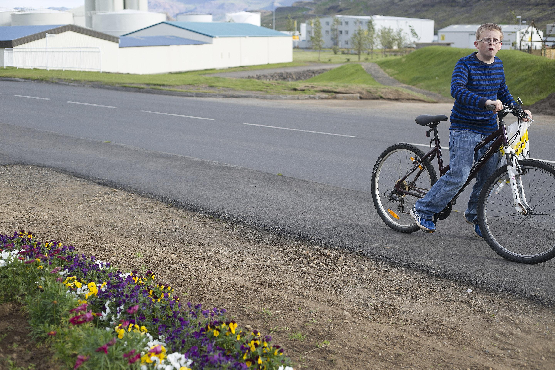 American kid in Eskifjörður-Iceland