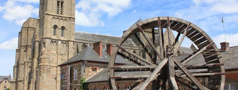 La magie des cathédrales : Dol-De-Bretagne - Mont-Saint-Michel / 1pers