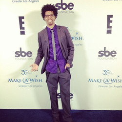 Red carpet at Make A Wish! #groovaloos #beverlyhills #fros #makeawish #hiphop #redcarpet