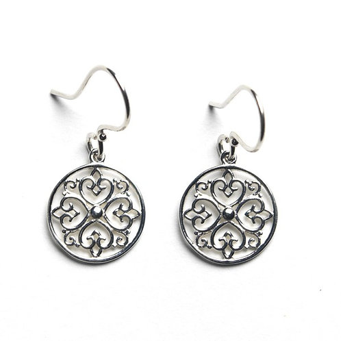 Southern Gates Round Heart Design Earring