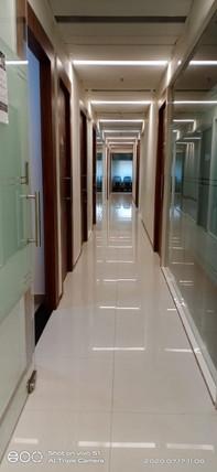 6th floor common lobby.jpeg