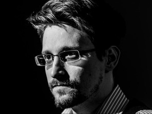 24 Brilliant Edward Snowden Quotes on Life