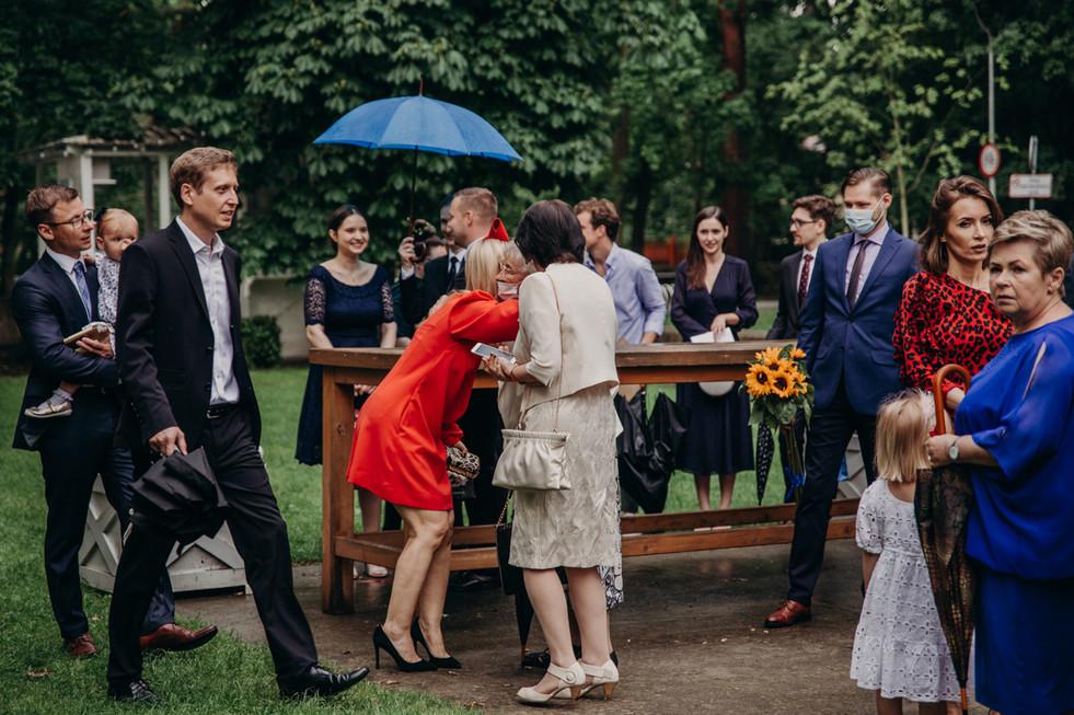 Slub-plenerowy-wesele-w-Park-Cafe-Konsta