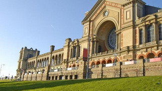 Alexandra Palace Xmas Fair - Sunday 6th December 2015