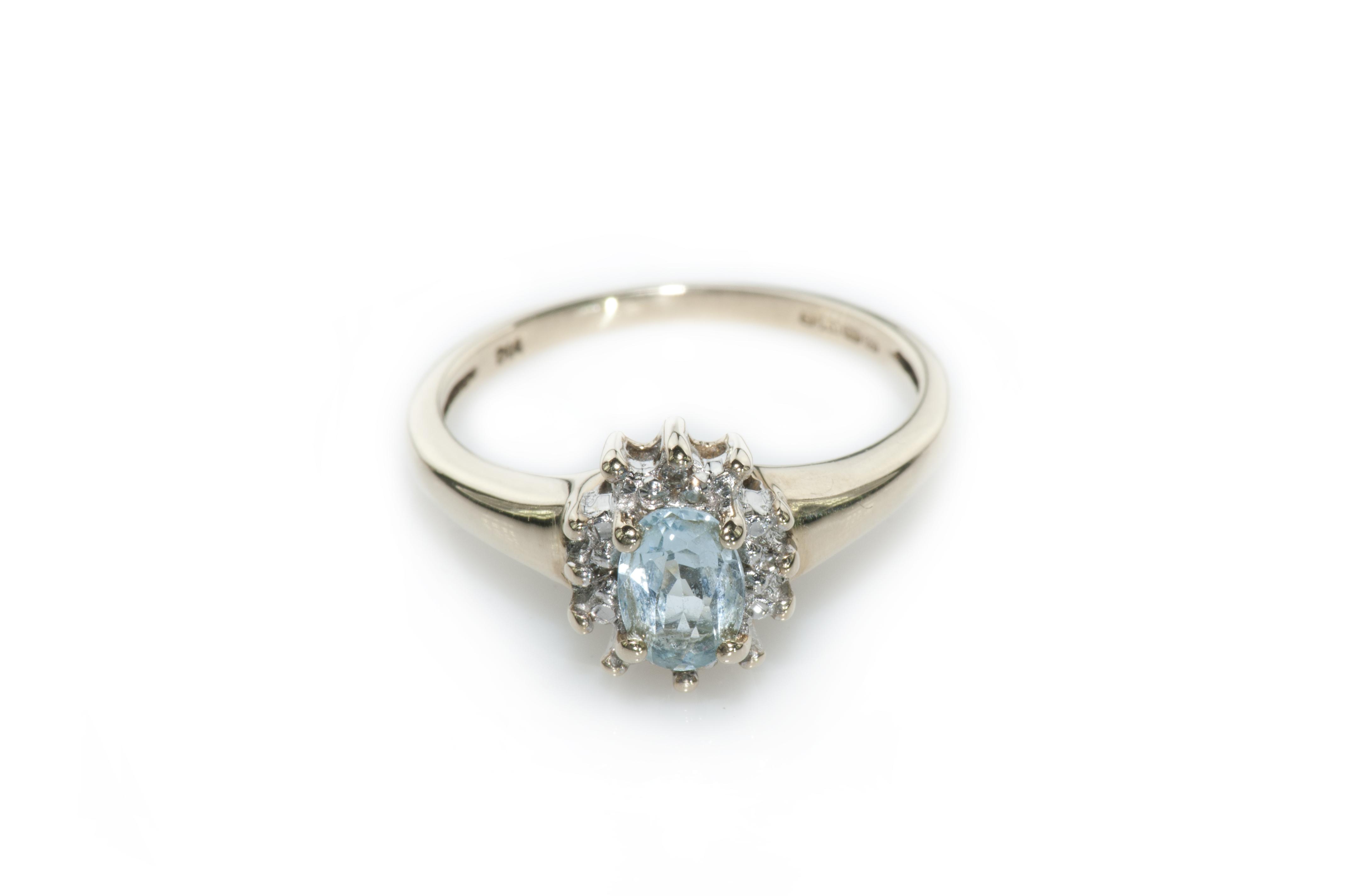 Diamond & aquamarine ring