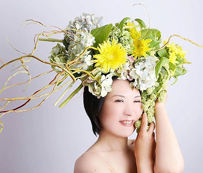 「花を纏う」Art_マキエでは、花と人を繋ぐ活動をしています。_'_自分へのご褒