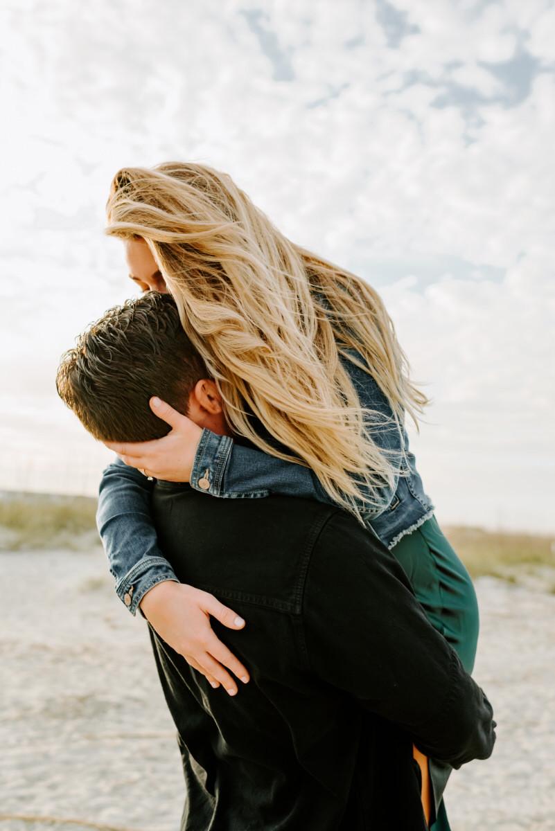 Windy Couples Shoot on Tybee Island. Couples Photos by Stephanie Cintron.