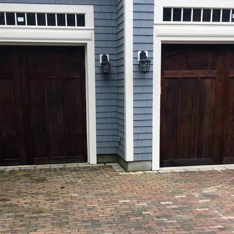 Stain-garage-doors-and-Willowbend-1024x6