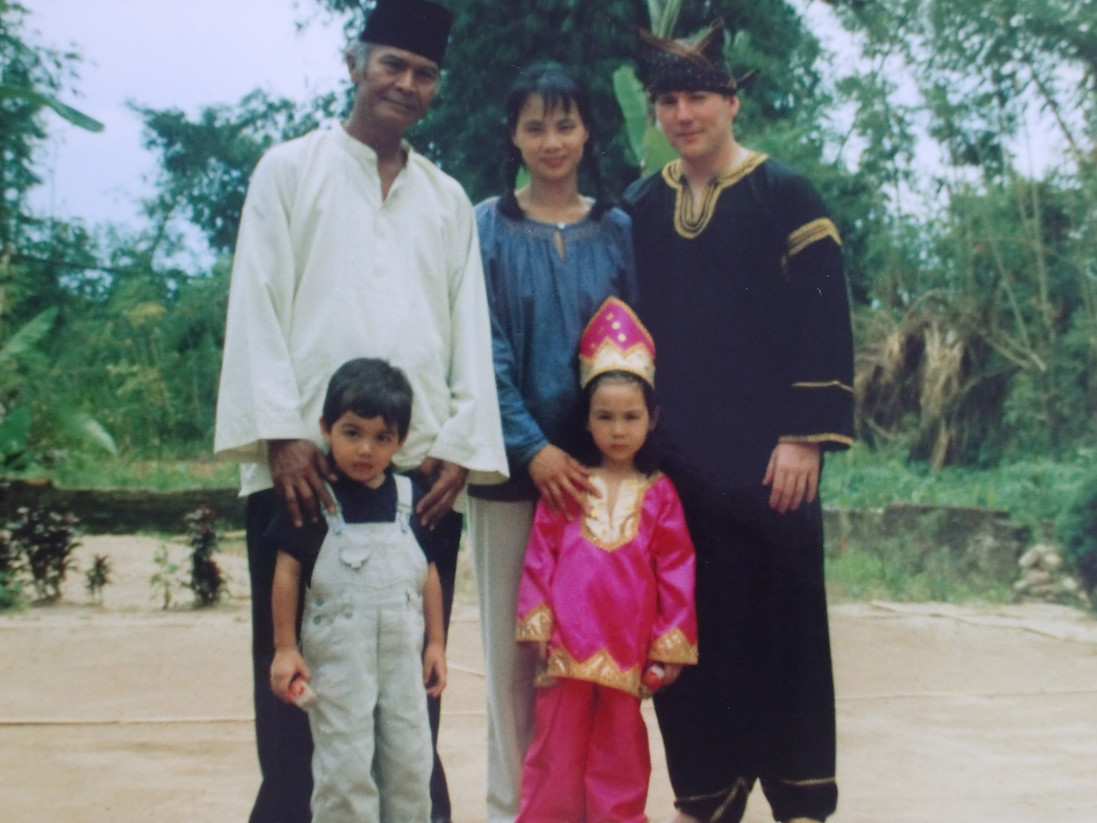 Benitez family with Pak Rusli