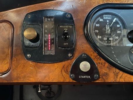 Rolls-Royce Phantom II fuel gauge