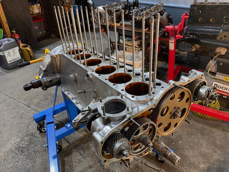 Derby Bentley, more engine assembly