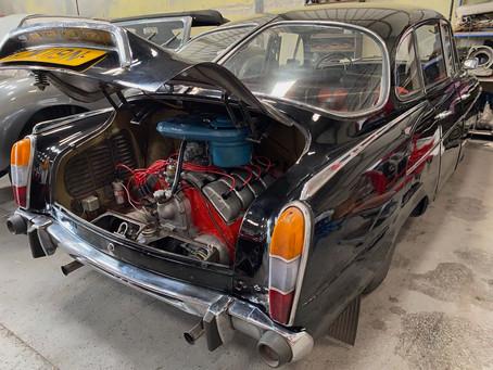 Tatra 603 engine now running