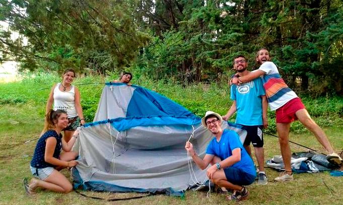 Monitores acampada
