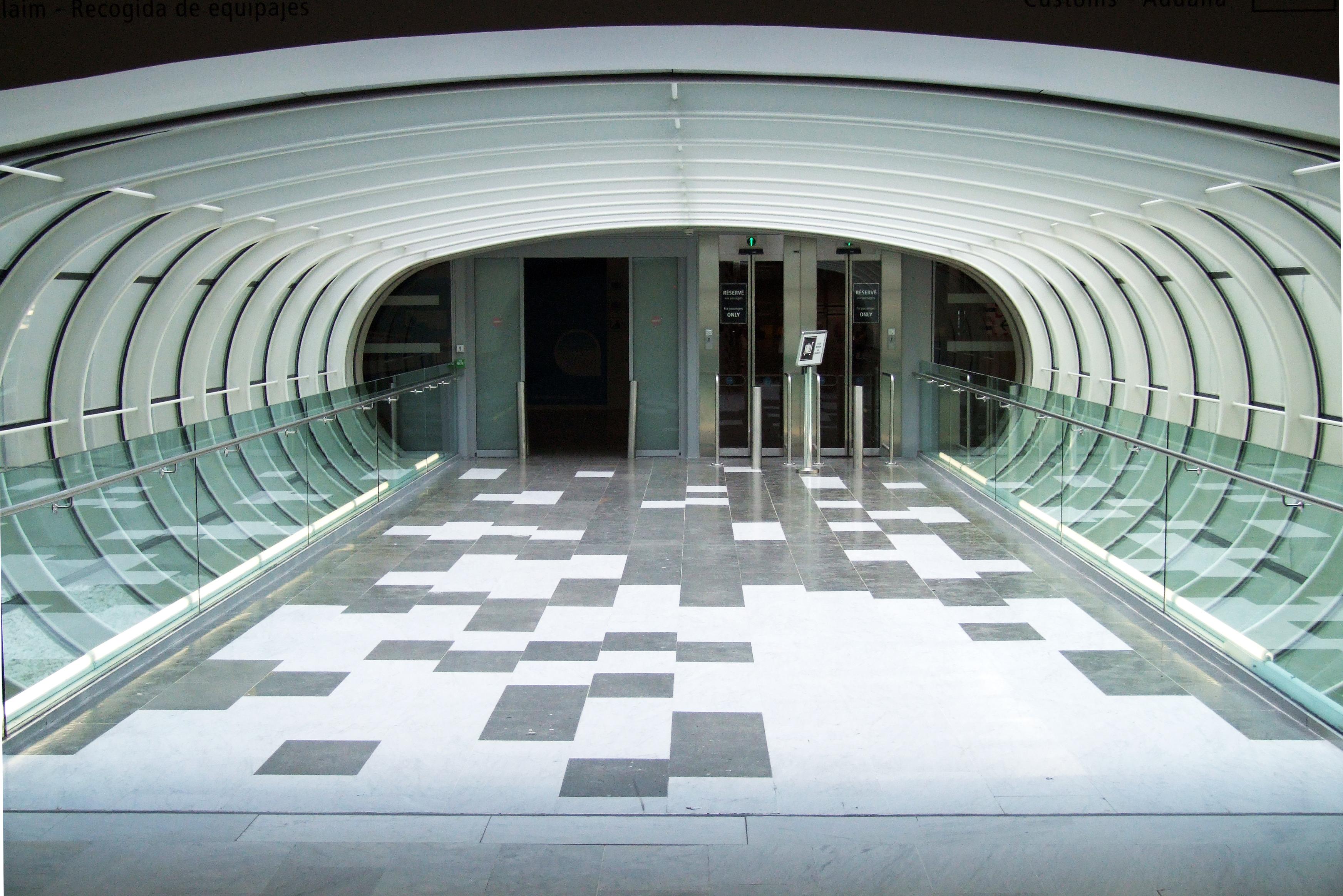 T corridor