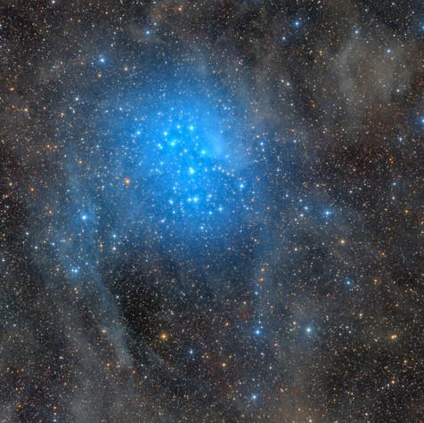 M45 Las Pléyades y sus Alrededores