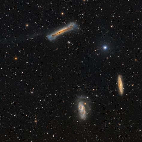 Galaxy triplet in Leo