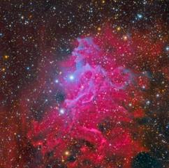 IC 405 Detalles en la Nebulosa De La Estrella Llameante