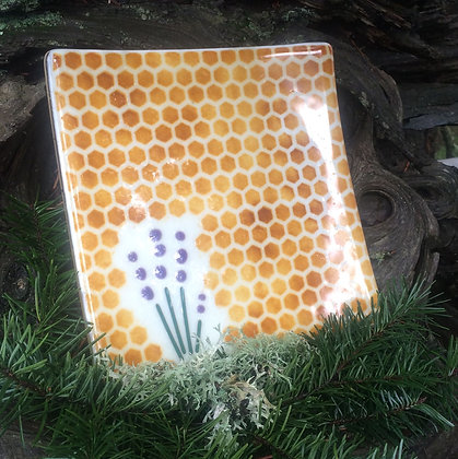 Lavender Collection: Large Honeycomb Plate