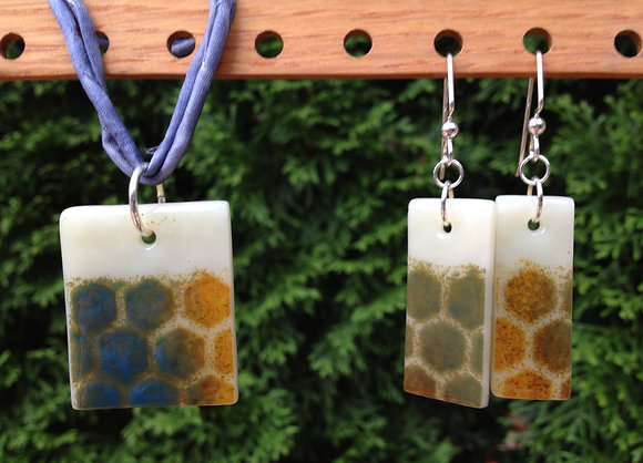 Honeycomb Collection: Earrings and Pendant Set