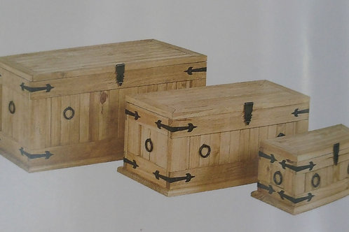Corona Ottoman Trunk Set