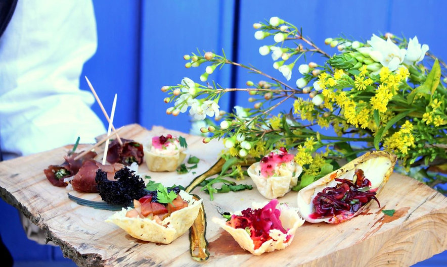 Canapes Elysia Catering_edited.jpg