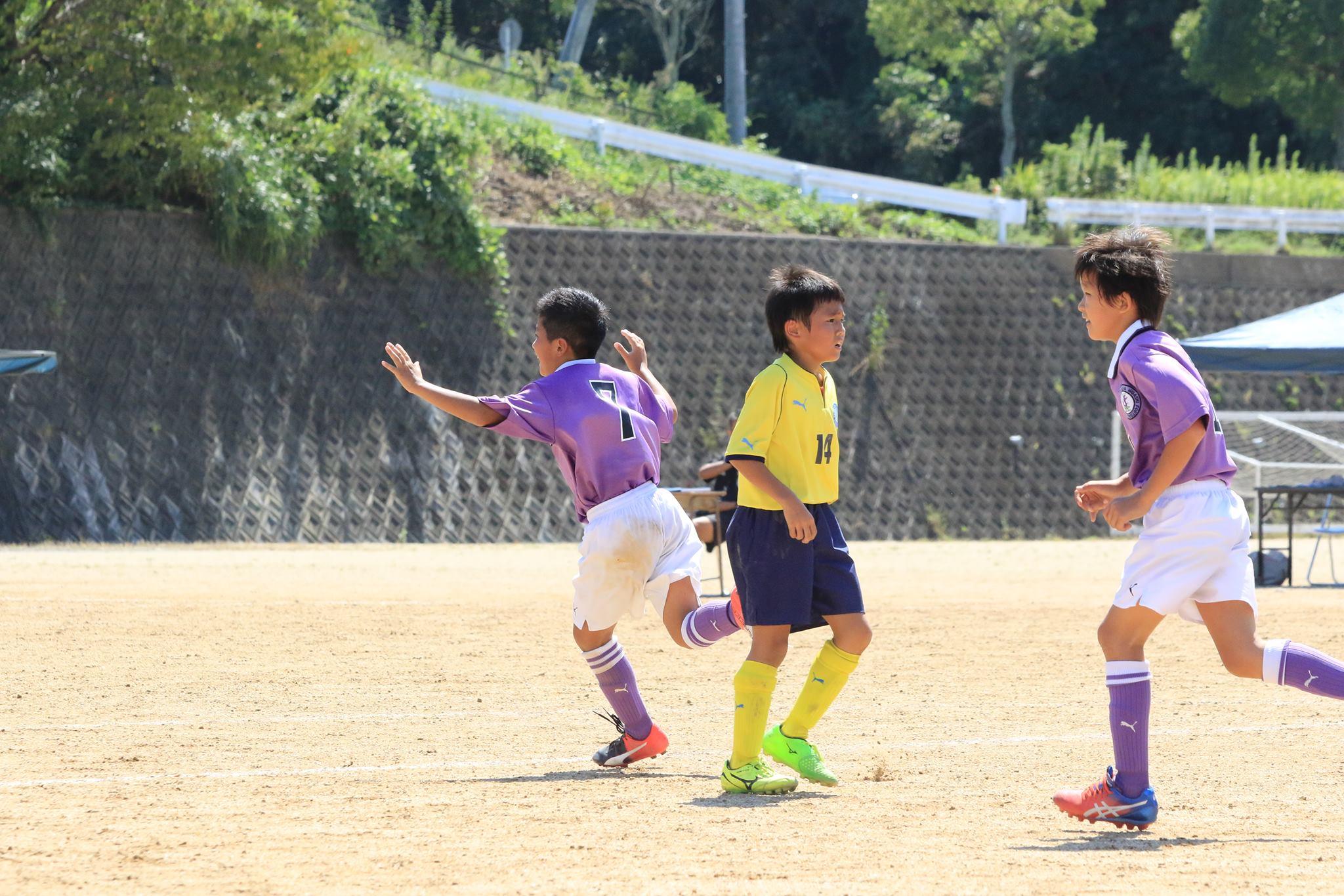 2016U10しんきんカップ中西部予選vs島田第一ゴールシーン09.jpg